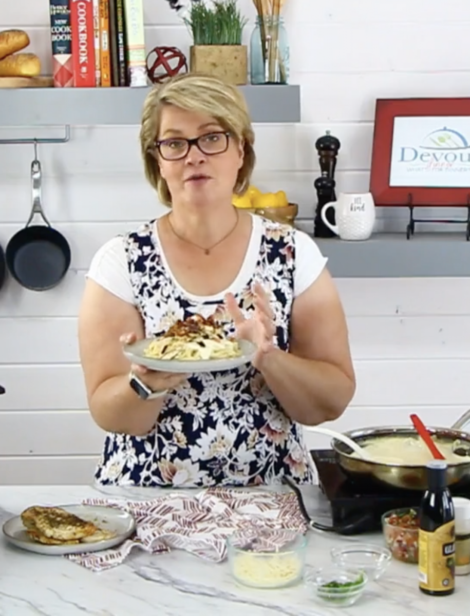 Facebook Live How to make Bruschetta Chicken