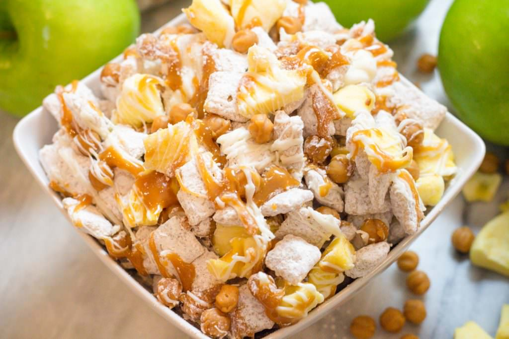 Apple Pie Chex Mix, Snack Mix, Apples and Caramel