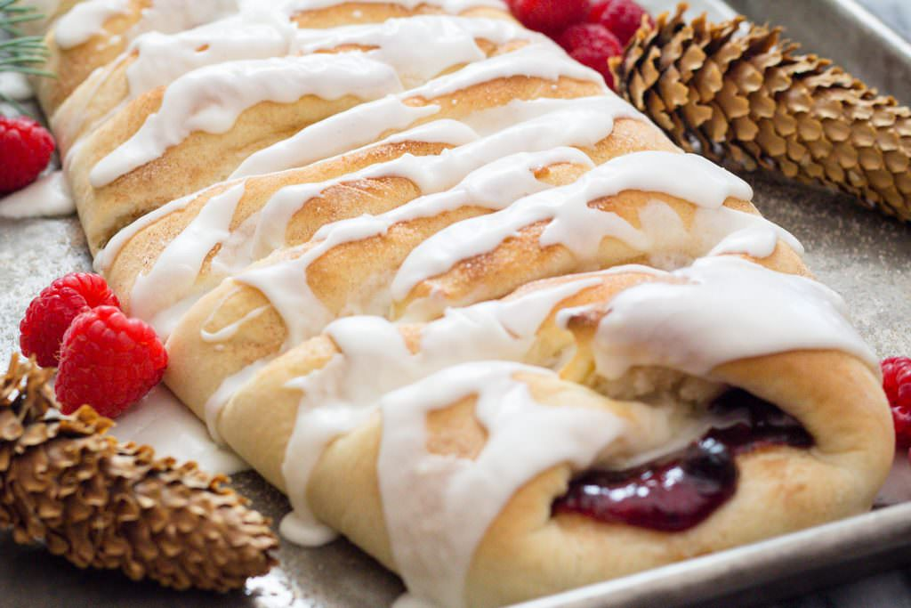 Sweet Bread filled with berries