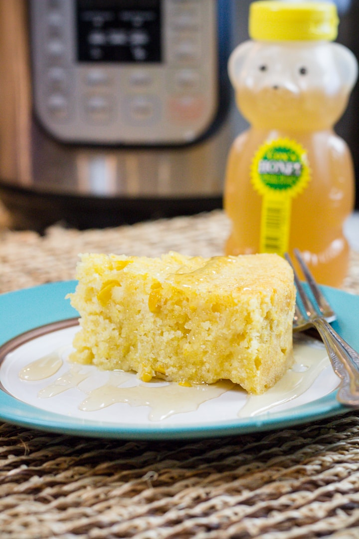 Pressure Cooker Corn Bread Recipe made quick and easily with only 5 ingredients.