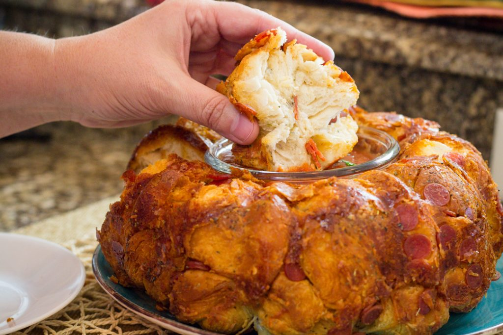 Pull apart Bread recipe with Pizza Toppings and Marinara Sauce