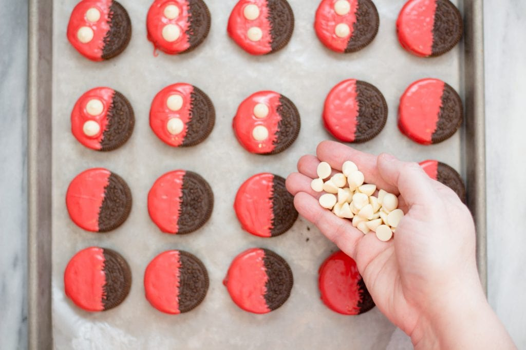 Mickey Mouse Candy Dipped Oreos