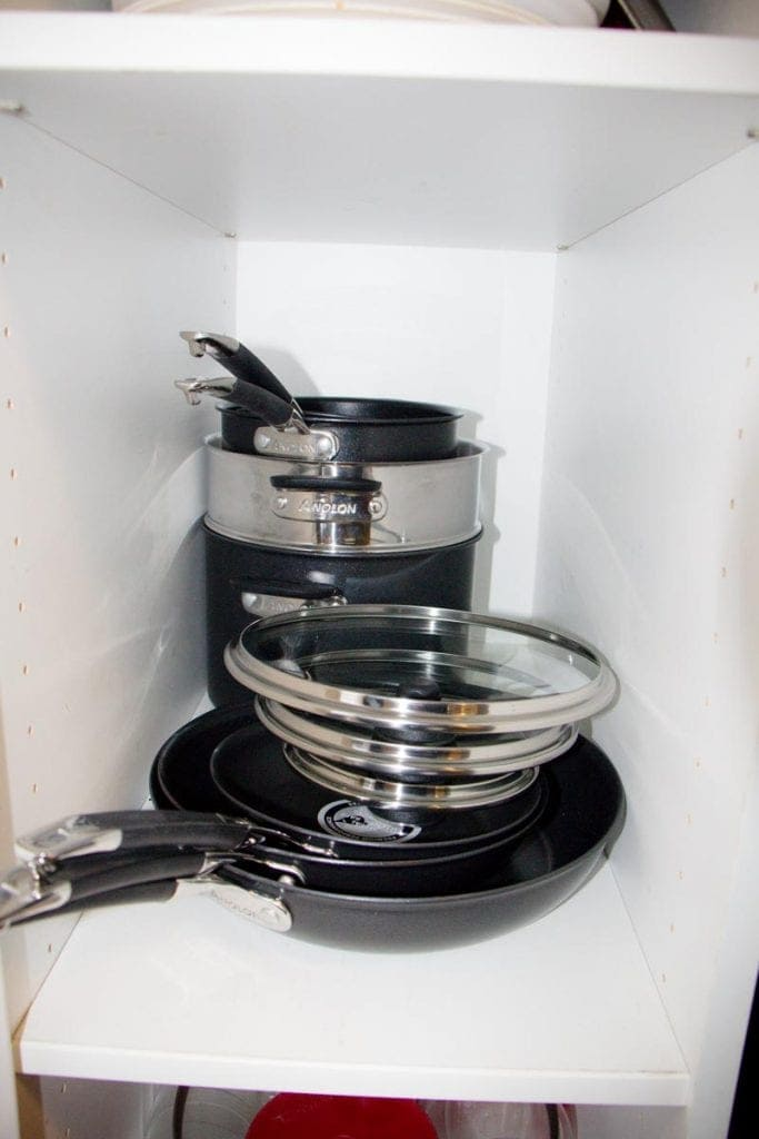 SmartStack Pan Set in cupboard