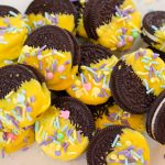 easter Dipped Oreos