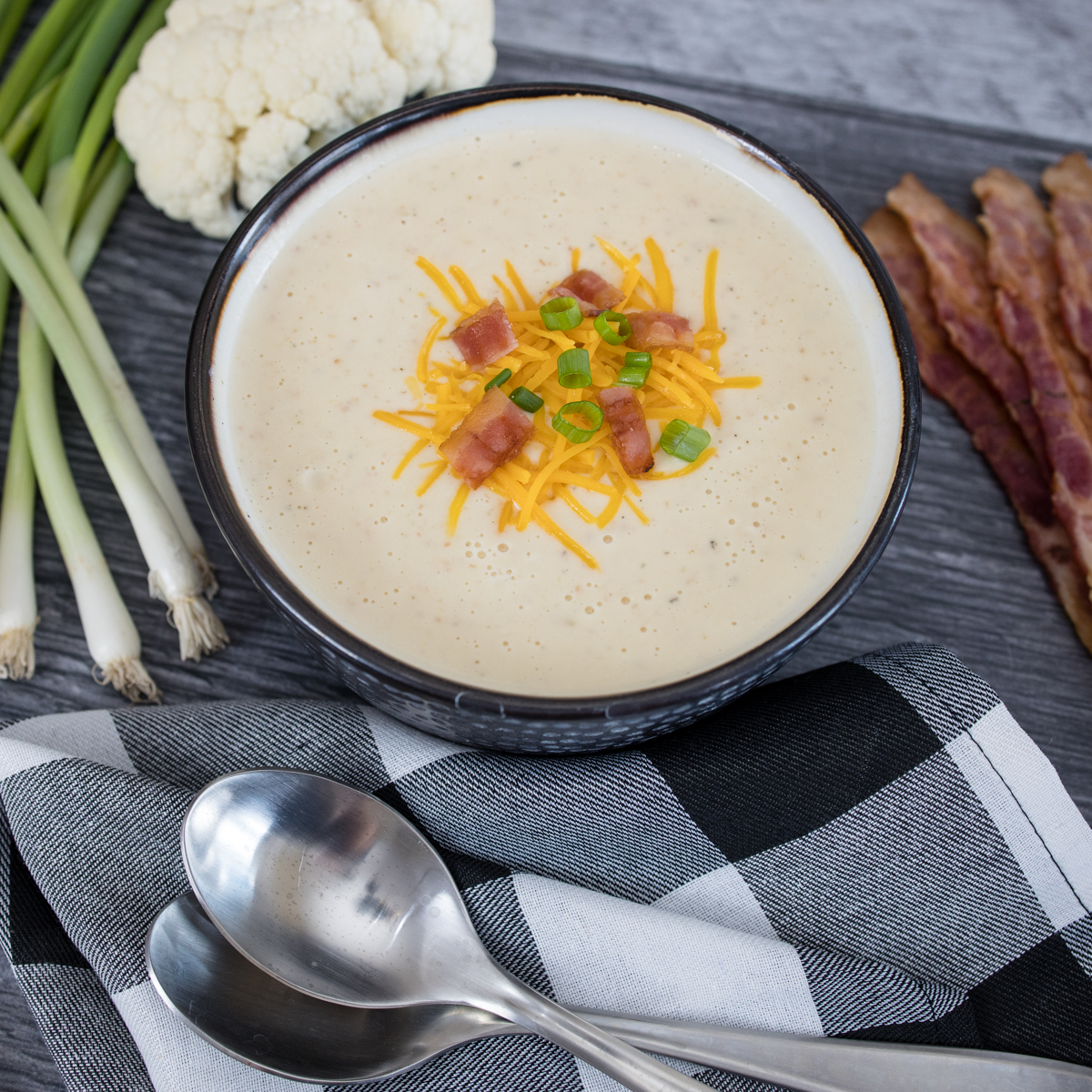 Easy to make Instant Pot Cauliflower Cheddar Soup