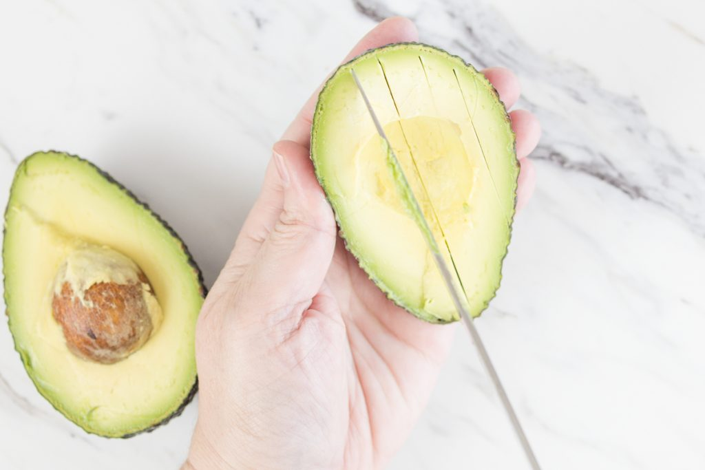 Slice Avocado in thin strips