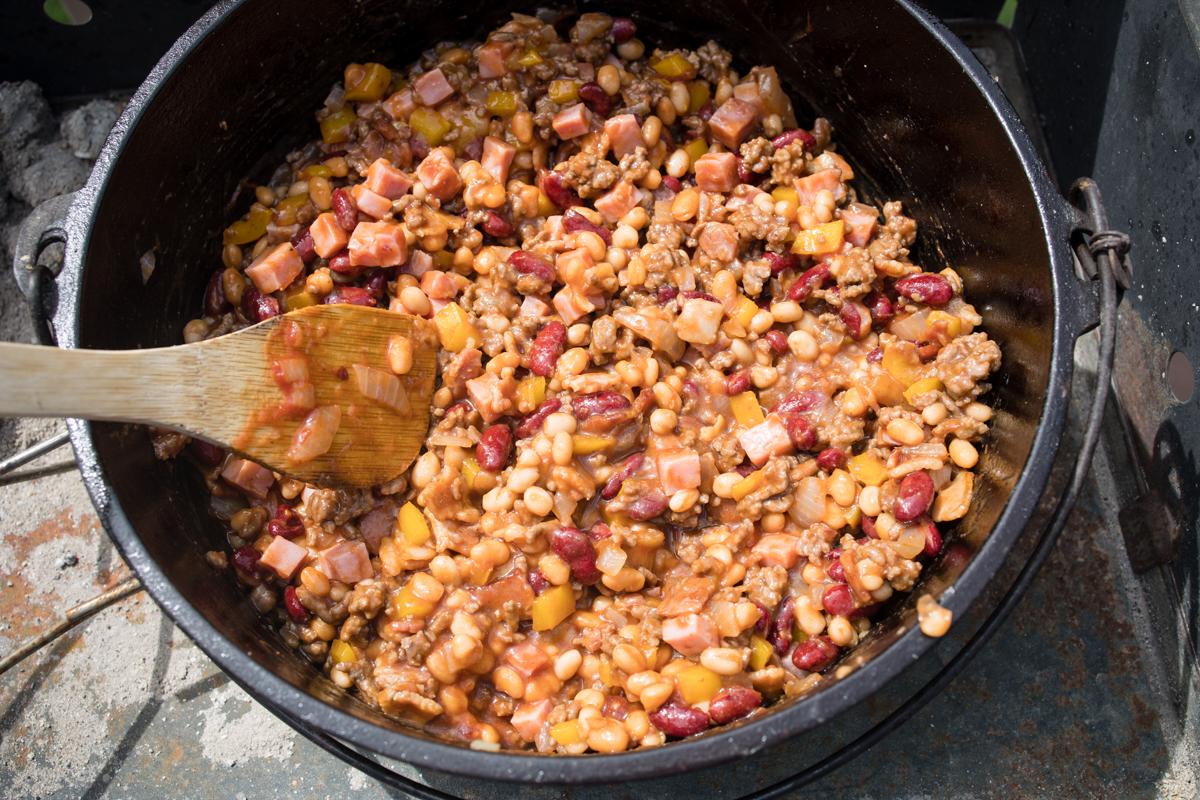 Cowboy Beans in Dutch Oven