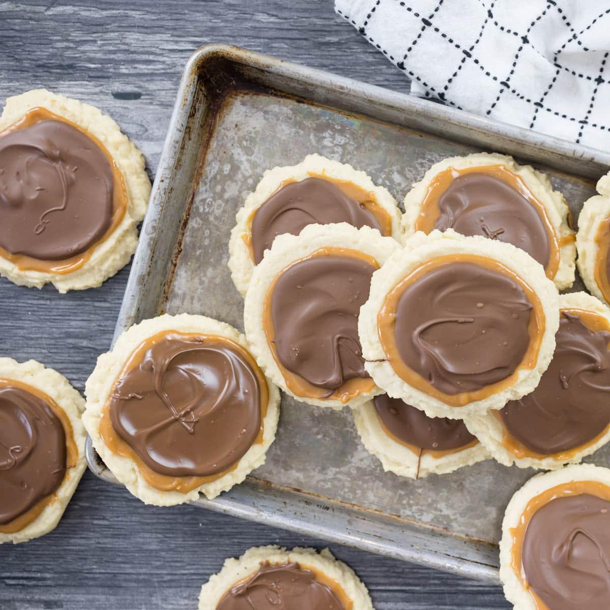 Caramel and Chocolate Twix Cookies #summerdessertweek