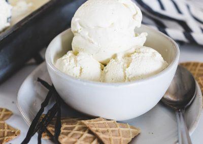 Easy Homemade Vanilla Bean Ice Cream