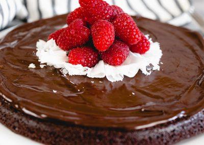 Rich Flourless Chocolate Cake #summerdessertweek