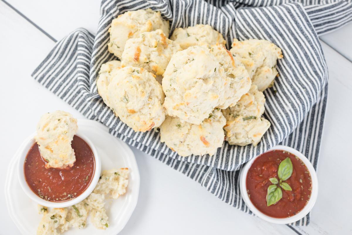 Drop Biscuits with Marinara Sauce