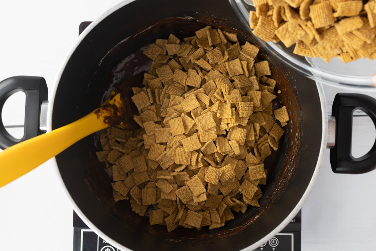 Golden Graham Cereal mixed with Marshmallows and Chocolate mixture