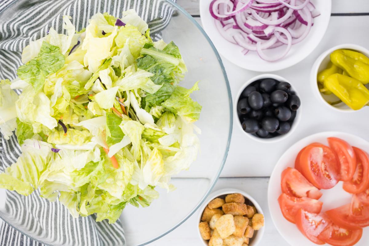How to make Olive Garden Salad