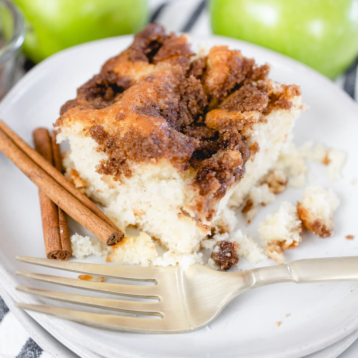 Apple Coffee Cake #FallFlavors