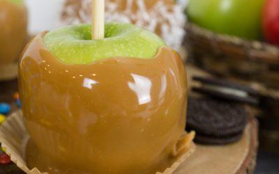 Caramel Apples #HalloweenTreatsWeek