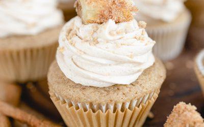 Sweet Churro Cupcakes #halloweentreatsweek